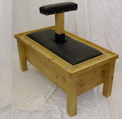 kneelingbench